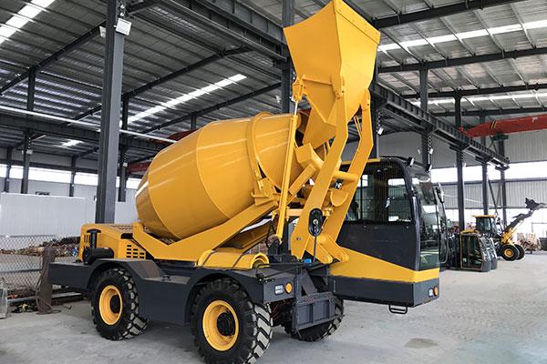 Self-Loading Concrete Truck Mixer